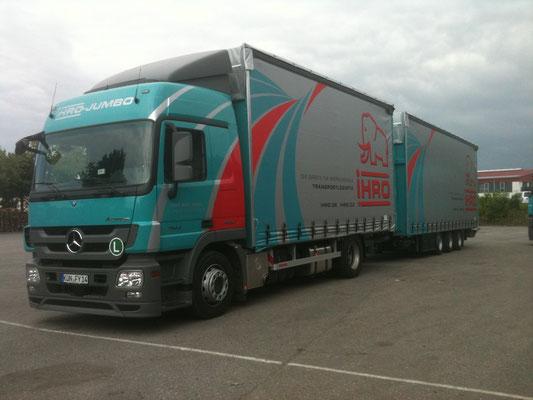 LKW Beschriftung Transporter und Firmenbeschriftung, Teilbeklebung und Vollverklebung - Spedition Ihro - Blickwerbung aus Crailsheim