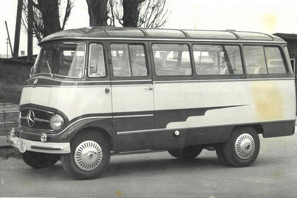 Mercedes Benz 14 Sitze | ca. 1965