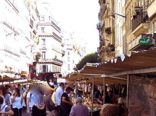 Market on rue Montmartre