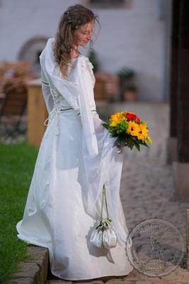 mittelalter Hochzeit, Gewandungen Mittelaltergewand