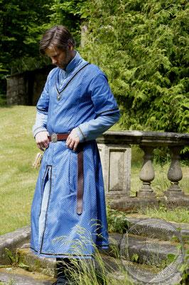 Robe, Mittelalter Gewandungen, Hochmittelalterliche Gewänder, Hochadel Houppelande