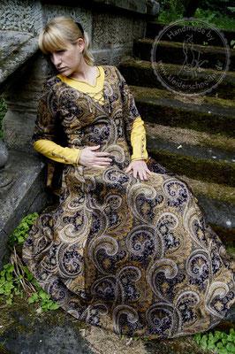Mittelalterkleid, Robe, Mittelalter Gewandungen, Hochmittelalterliche Gewänder, Hochadel Houppelande