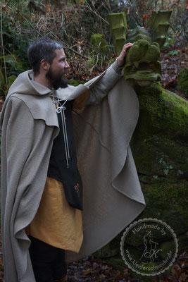 Gewandungen Tasselmantel Druidengewand Druiden keltisch