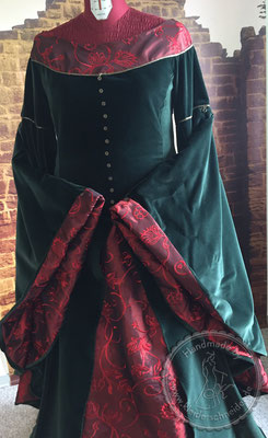 mittelalterliche Gewänder Mittelalterkleid