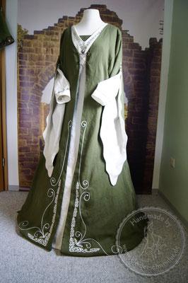 Mittelalterkleid mit Waffenrock