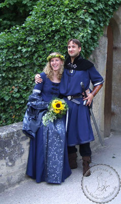 Mittelalter Hochzeit, Mittelaltergewandung, Houppelande
