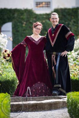 Mittelaltergewandug, Mittelalterkleid, Houppelande