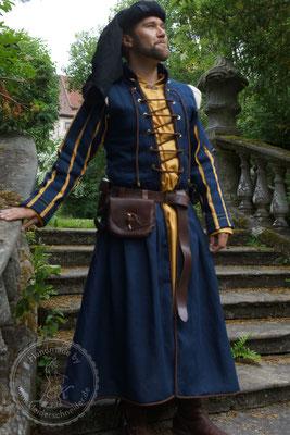 mittelalterliches Gewand, historische Gewänder, Mittelaltergewand Vernon Roche Cosplay
