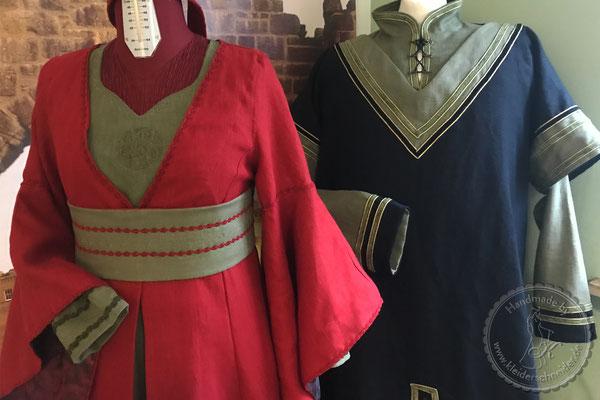 Mittelalterkleid Mittealtergewand  Hochzeit Gewandungen Prunkrock Waffenrock Brautkleid