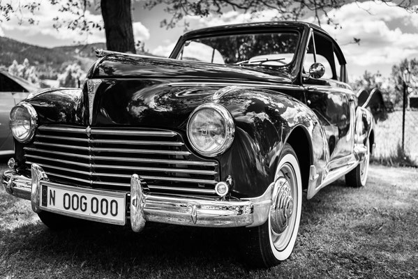 oldtimer Peugeot