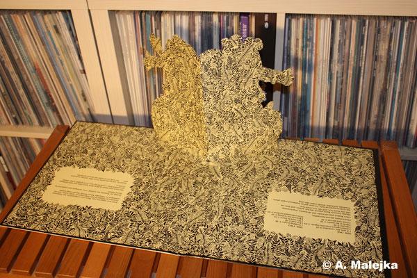 Jethro Tull - Stand Up:   Rückseite des Pappbild