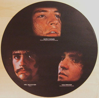 Grand Funk Railroad  (USA 1971 - Capitol Records / 1 C 062-81 269 [D])