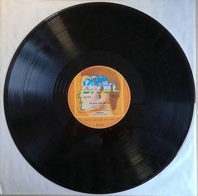 Hier einen LP in der Stufe NM, respektive in NM- ...