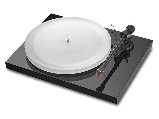 Pro-Ject Debut III Plattenspieler ESPRIT Piano (ca. 330€)