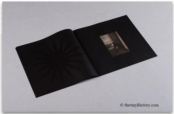 Booklet mit 8 Blätter, hier S. 6 & 7