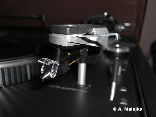 Nadel im Tonabnehmer DUAL ULM 60 (Plattenspieler DUAL CS 731Q)