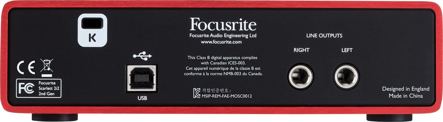 Rückseite - Focusrite Scarlet 2i2