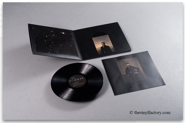 David Bowie - Black Star (UK & EU 2016, ISO Records - 88875173871, GAT, OIS (Klarsichtfolie, Booklet 8 Blätter)