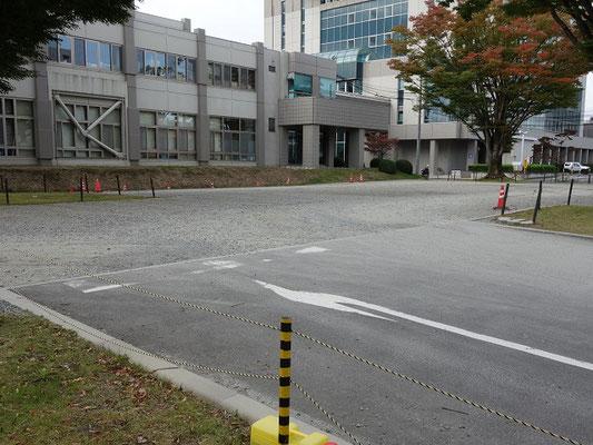 市役所北側庭園駐車場