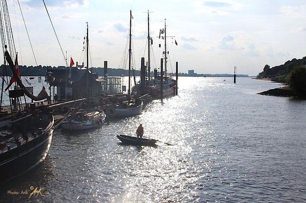 _sunshine on the way_ Foto: (c)Ank, Hamburg 9/2014