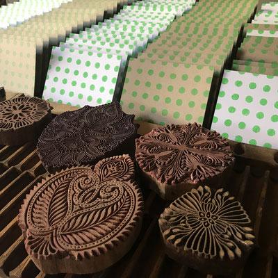 Fachgeschäft für handbedruckte Textilien und Postkarten Wädenswil Zürich Schweiz