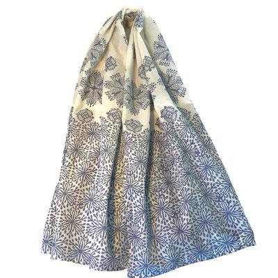 Handbedruckte Halstücher aus Bio Baumwolle Batist Natur, auch als uni natur Stoff erhältlich zum selber bedrucken in Wädenswil