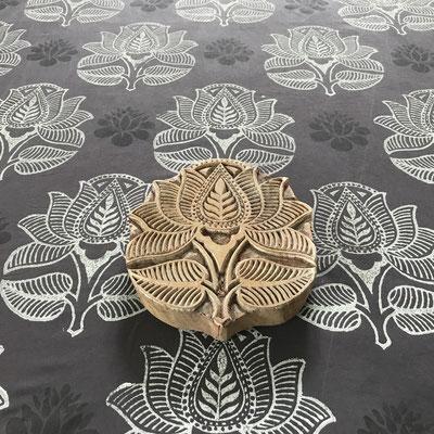 Textildruck mit natürlichen Druck Farben der Firma LIVOS. Wädenswil Schweiz