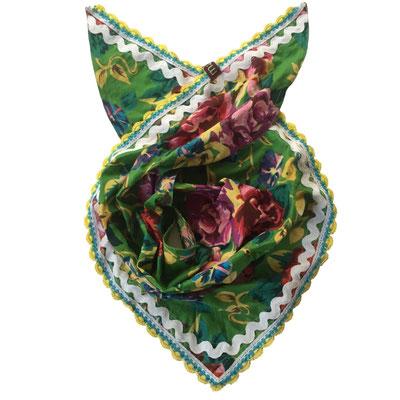 Dreieck Kopftuch mit Klöppelspitzen maasa Wädenswil