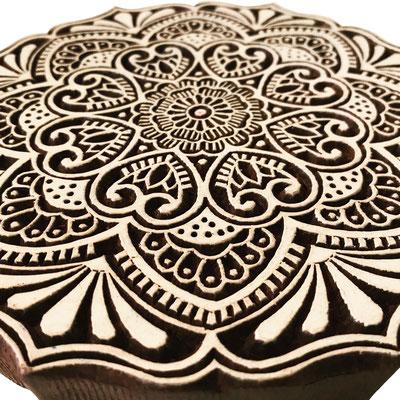 Indische Holzstempel für Textildruck. Von Hand geschnitzt und fair produziert.