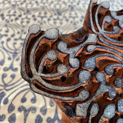 Bandana Block Print Tücher. 100% Bio Baumwolle /  Naturfarben Druck und in der Schweiz produziert.