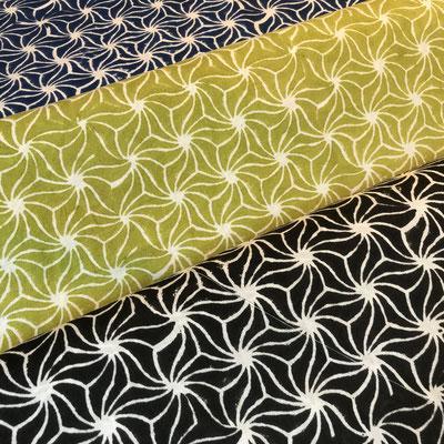 Block Print Stoff Design NISHA  - 100% Cambric Baumwolle - handbedruckt in Indien mit Holz Modeln - Stempeldruck