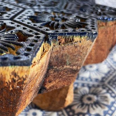 Bedrucke deine eigenen Textilien mit indischen Holzstempel in einem Block Print Workshop bei maasa Wädenswil