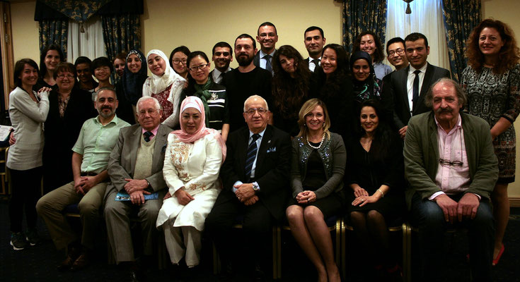 Class of 2015, course director (Dr Awni Behnam, centre), course secretariat, and faculty