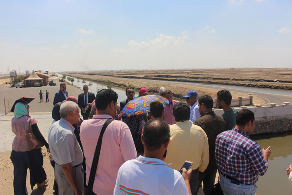 The participants and lecturers visited Suez Canal Aquaculture Company where they saw one of the promising aquaculture projects in the area