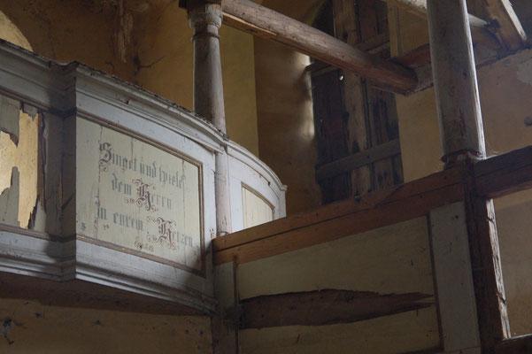 Im Innern der ehemaligen evangelischen Kirche in Kromnów/Krommenau, Foto: Ellen Röhner