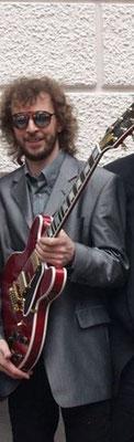 Andi Reichhelm - Guitars