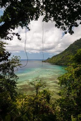 Eine Bucht auf Siau