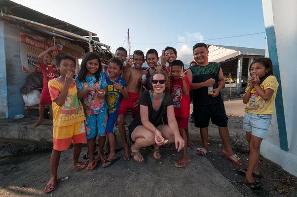 Alina und Kinder von Siau