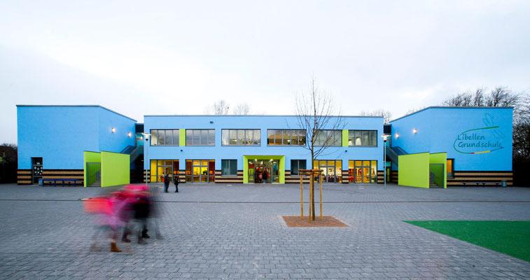 Die Libellen-Grundschule - Vorderansicht 2