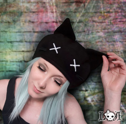 Creepy Cute Kitty Hat in Black