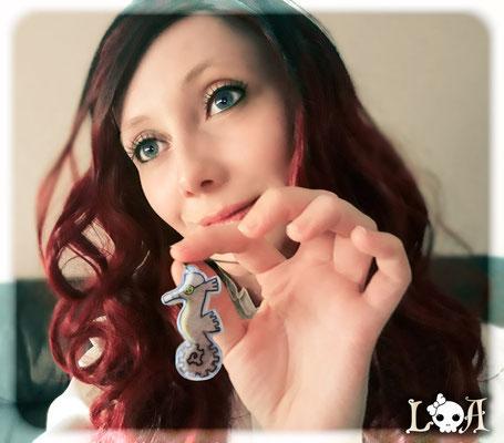 Steampunk Seahorse Necklace 2