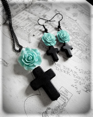 Black Cross with a Mint Rose Necklace & Earrings Set