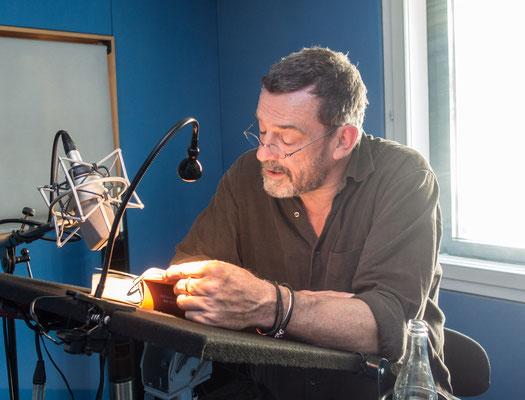 """Thomas Sarbacher liest """"Die Zeit der Gaben"""""""