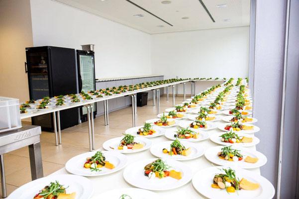 Das Catering hatte viel Platz zum Zubereiten der Vorspeisen