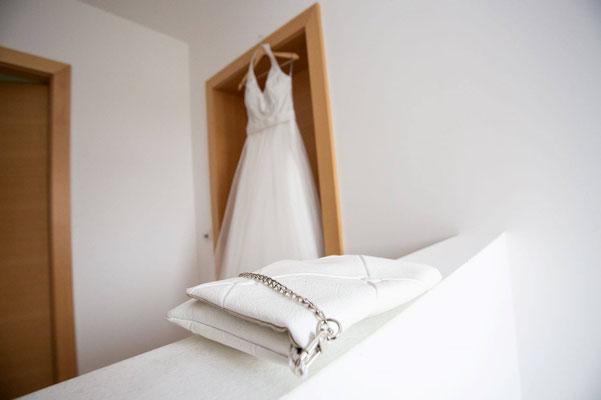 Die Brauttasche - eine I-renew in weiß
