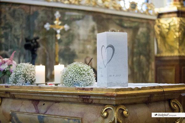 Kerze wurde von Monika Kaltseis aus Peuerbach gestaltet!