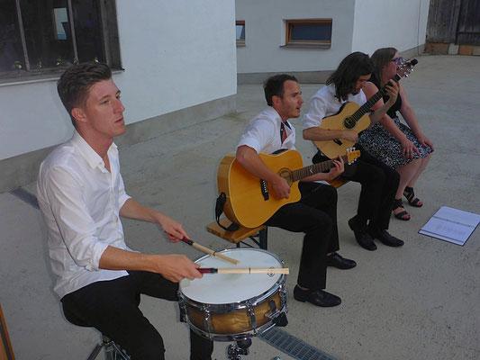 Musikalische Umrahmung zu jederzeit - Valentina Lenzbauer mit Band