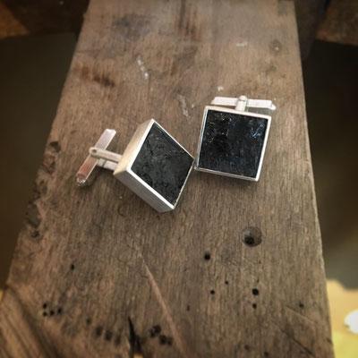 Anfertigung: Manschettenknöpfe Silber mit Steinkohle von Kundin