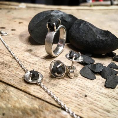 Anfertigung: Schmuckset Silber mit Basaltstein von Kundin