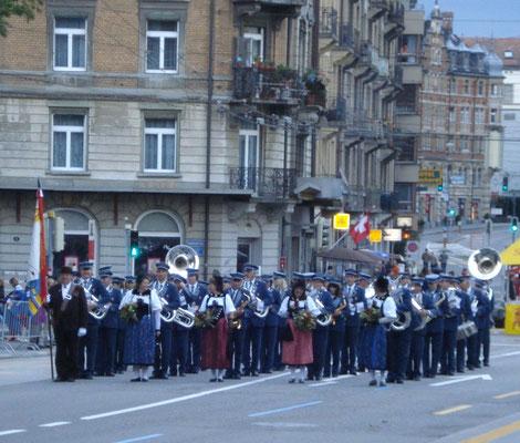 ...vor dem Start zur Parademusik